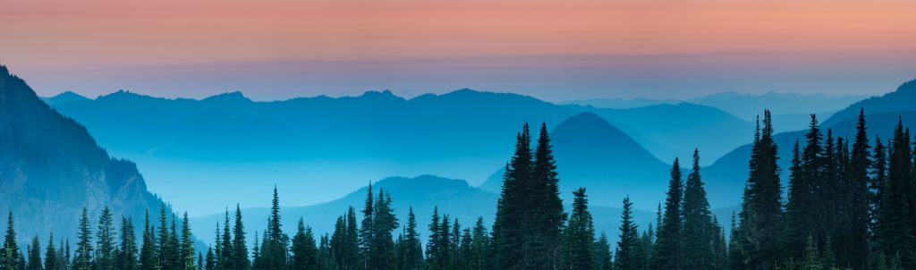 blue-hour-cascade-mountain-range-autumn-oregon-washington